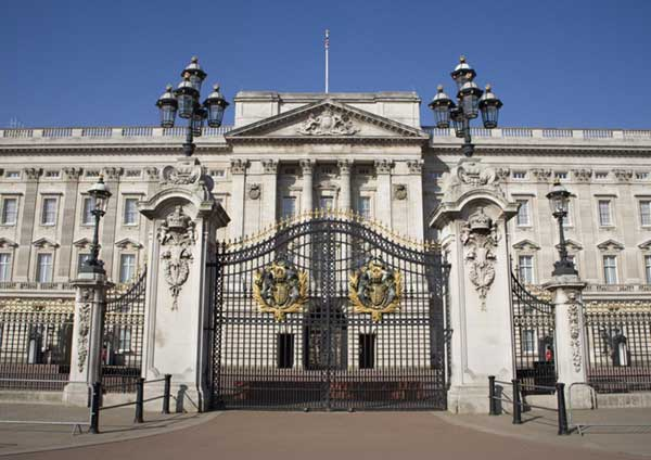 Royal Palaces Pass